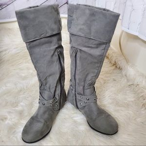 Shoes - Grey suede-like boots